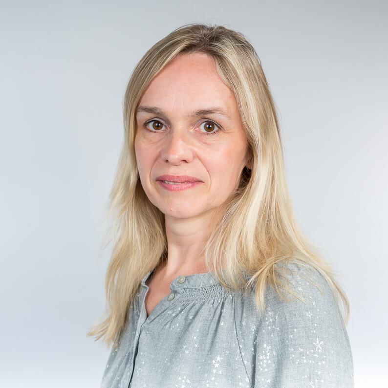 Kirsten Walkenhaus